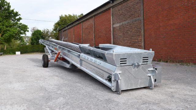 Construction belt conveyor