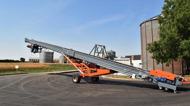 Agricultural belt conveyor