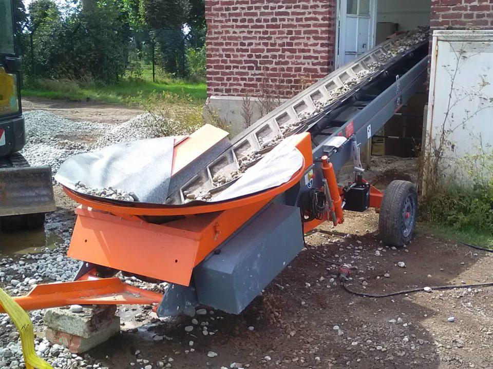 building-site-conveyor-transfer-materials-bulk.