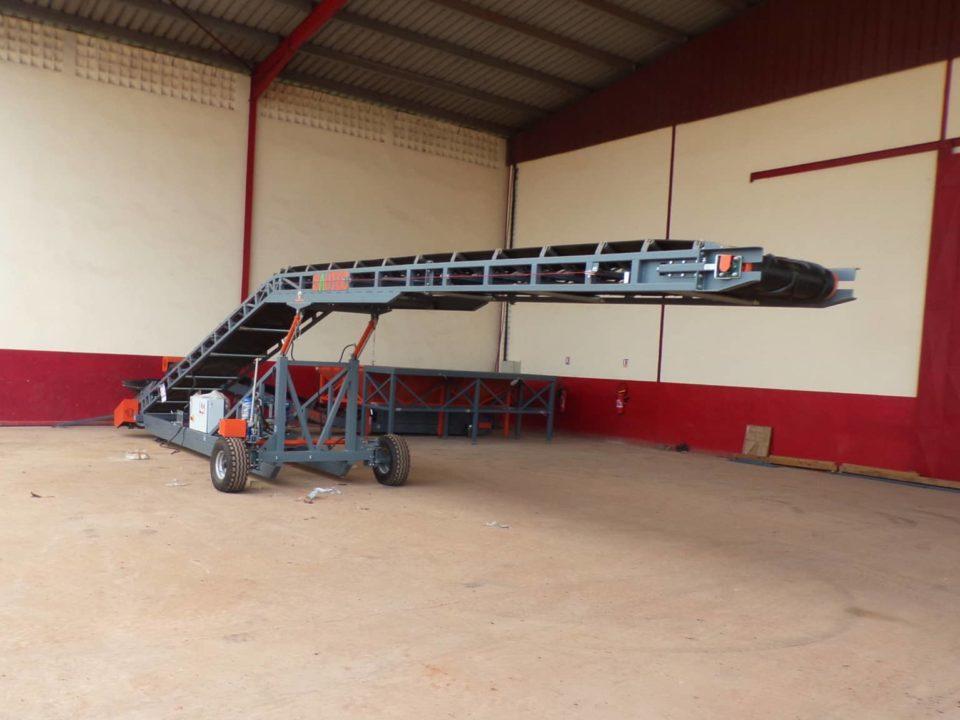 mobile conveyor-unloading trucks